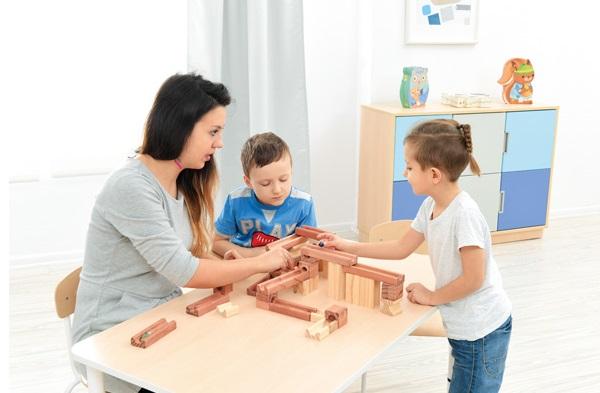 O czym należy pamiętać zaczynając pracę z dziećmi?