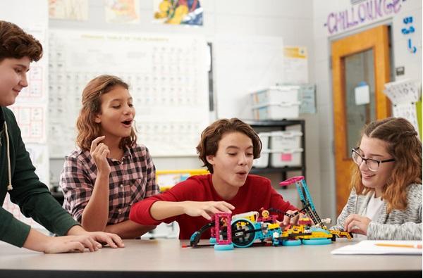 model steam lego spike prime dla szkół